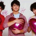 Autógrafo dos Jonas Brothers com muito amor e carinho