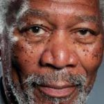 Foto realismo no iPad do ator Morgan Freeman.